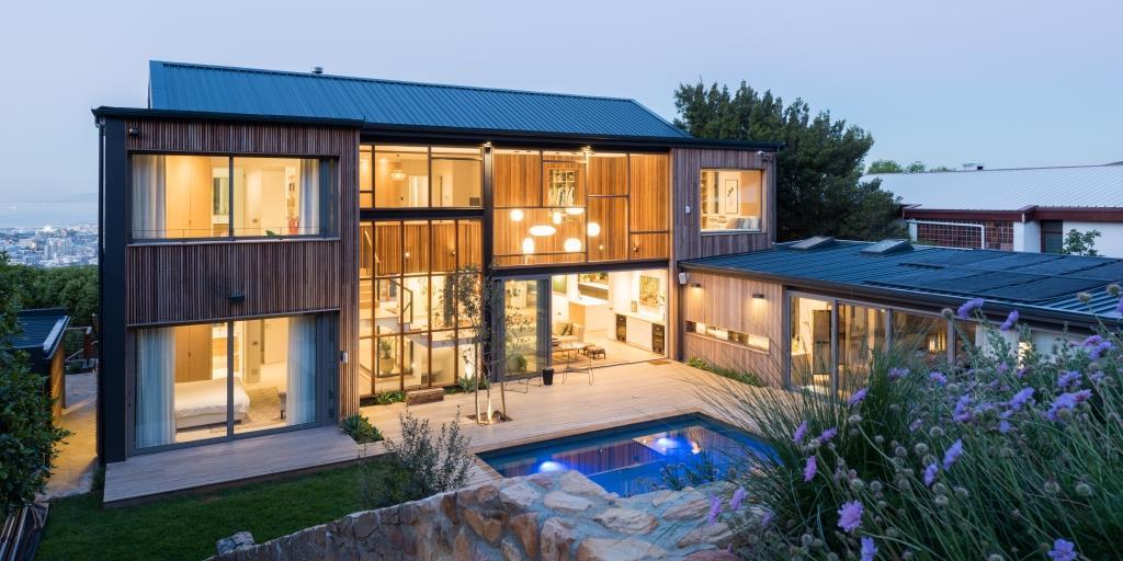 MOUNTAIN RETREAT, CAPE TOWN Stuart Thompson Architects | STARC
